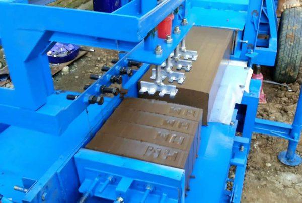 Mesin Pencetak Batu Bata Sebagai Solusi Meningkatkan Produktivitas