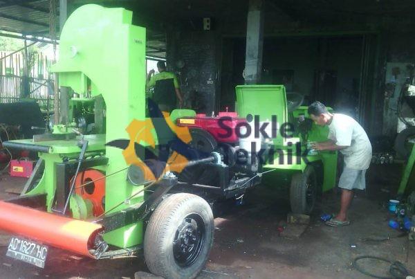 Mesin Gergaji Bandsaw Mobil