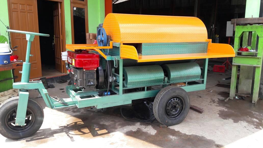 Mesin Perontok Padi / Power Thresher