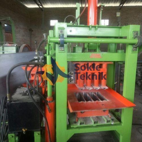mesin batako hidrolis